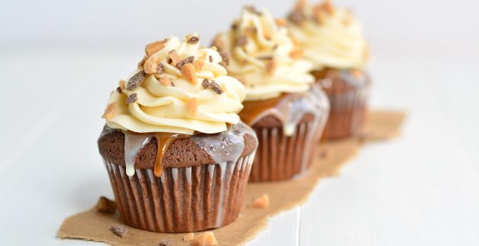 Better than Anything Cupcakes - Garnish & Glaze