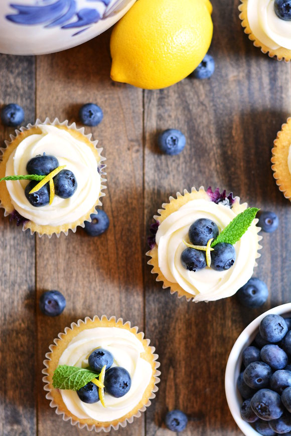 BLUEBERRY LEMON Cupcakes | Garnish and Glaze