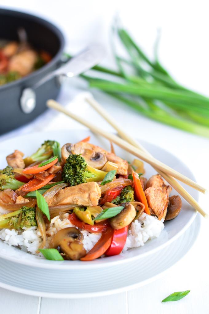 Chicken Broccoli Stir Fry | Garnish & Glaze