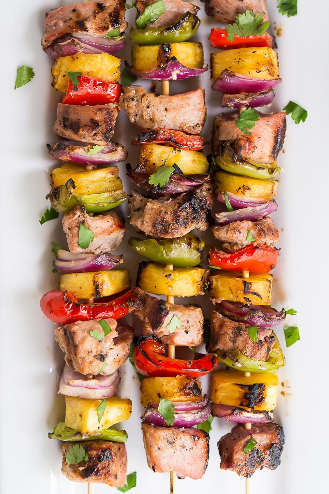 Apr 25,  · Making chicken kabobs on the grill is fast and easy! A quick marinade, red onions, green and red peppers, and some skewers is all you need to make these healthy chicken kebabs. A delicious summer BBQ recipe!5/5(1).