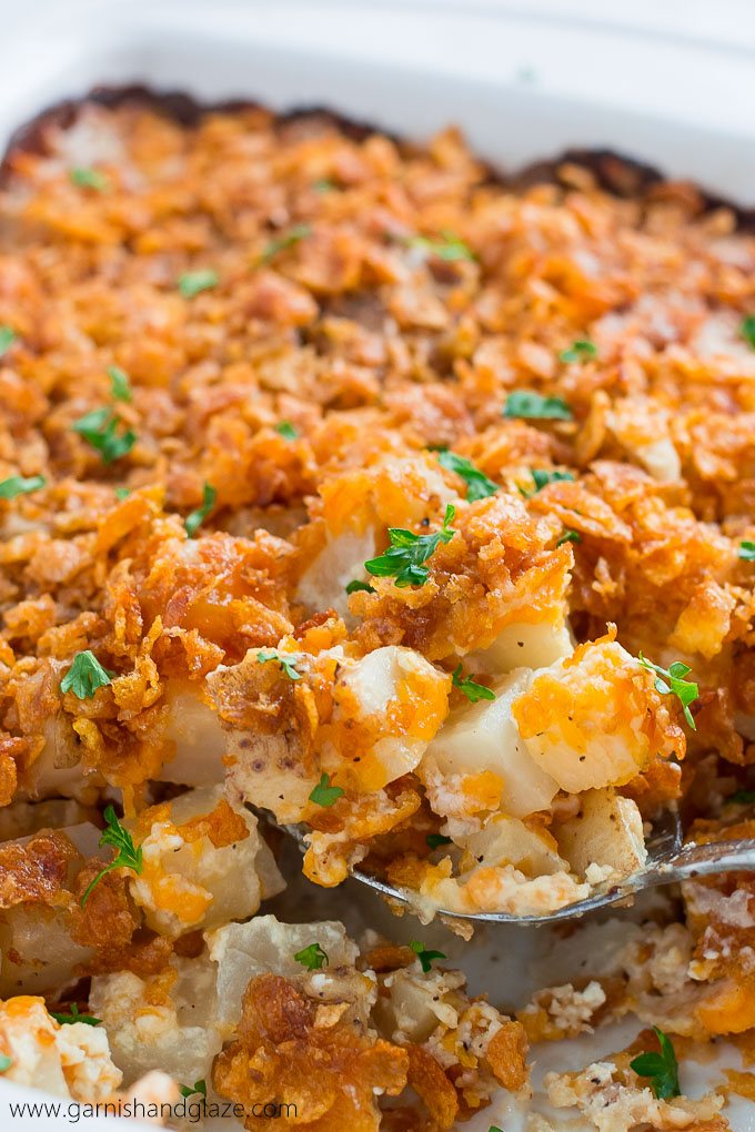 AU GRATIN POTATO CASSEROLE is the perfect creamy, cheesy, crispy side dish that goes great with just about anything!