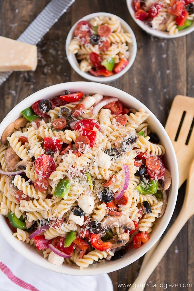Enjoy the flavors of an Everything Pizza in this Pizza Pasta Salad at your next backyard BBQ!
