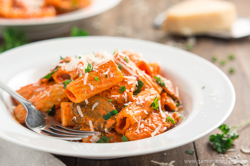 Serve A Restaurant Quality Meal At Home And Robe Your Pasta Chicken Mushrooms