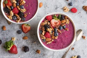 Start your days out right with a refreshing Nuts About Berries Smoothie Bowl that takes all of 2 minutes to throw together.
