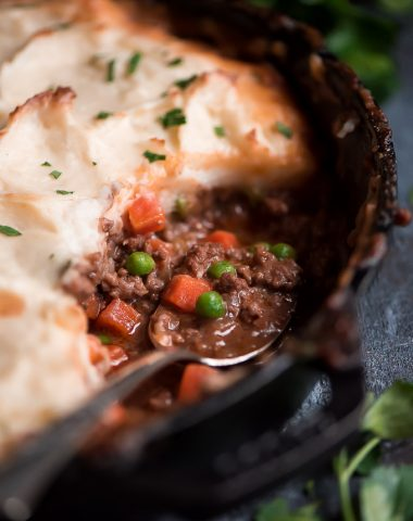 Enjoy a warm and hearty Irish meal with this EASY SKILLET SHEPHERD'S PIE! It's a great way to use up those leftover mashed potatoes and celebrate Pi Day or St. Patrick's Day.