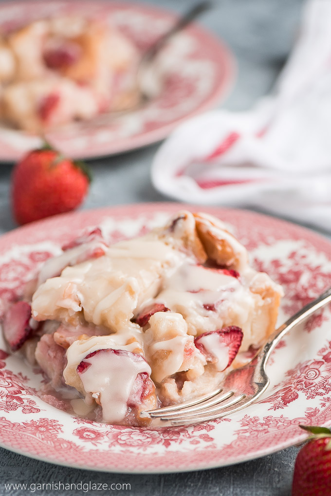 Enjoy your favorite berry in this scrumptious STRAWBERRIES AND CREAM BREAD PUDDING topped with the most delicious creamy glaze.