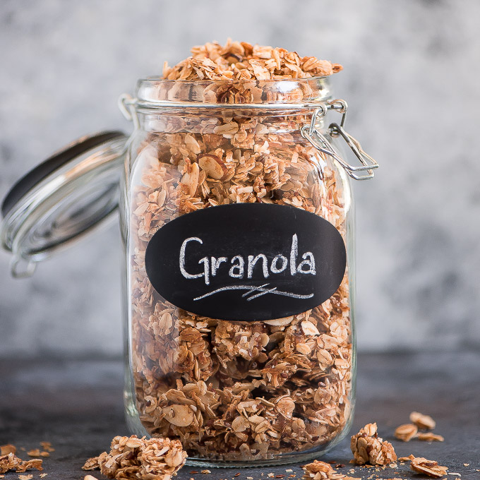 BREAKFAST | The BEST Homemade Granola
