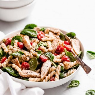 Chicken Pasta Salad with Spinach & Tomatoes