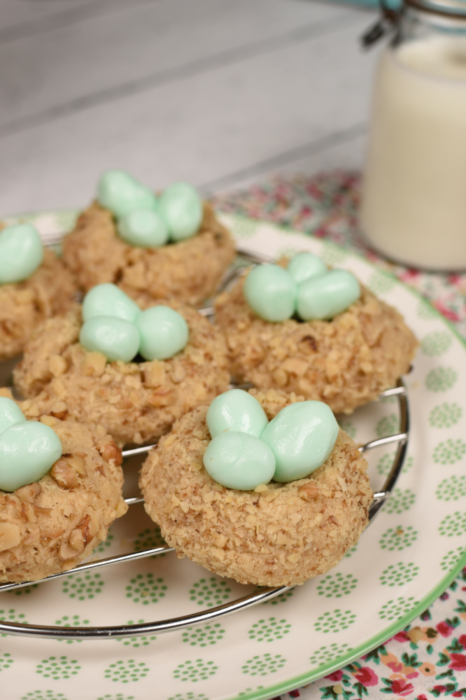 Bird's Nest Cookies on a cooling rack