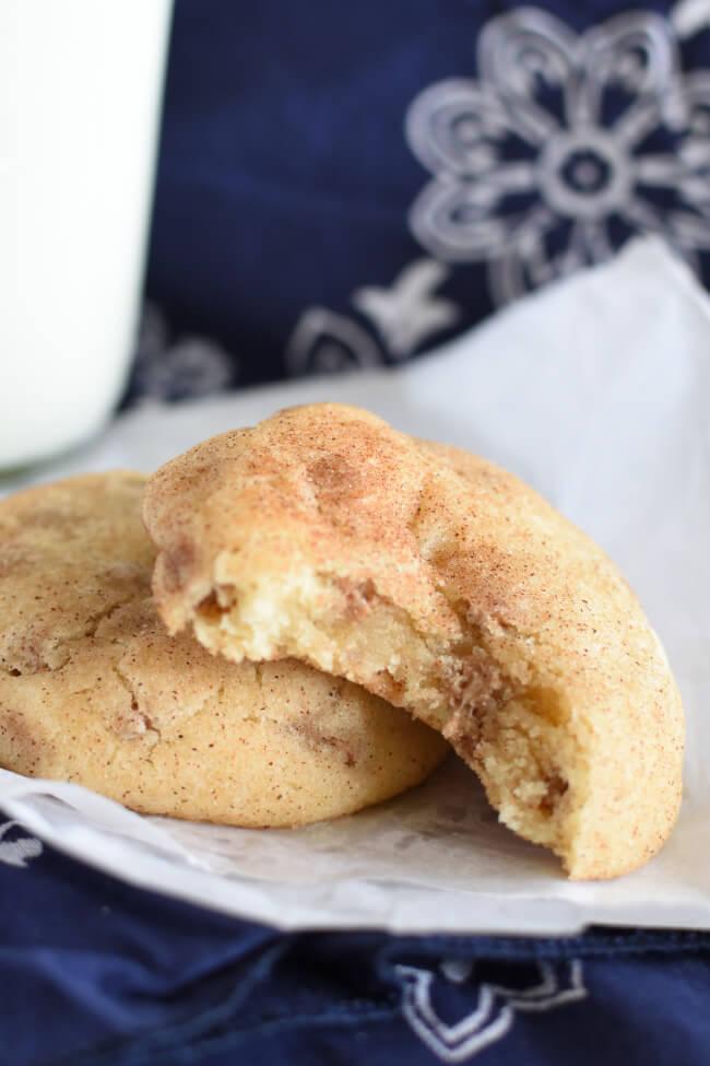 DESSERT: Soft Chewy Snickerdoodle Cookies