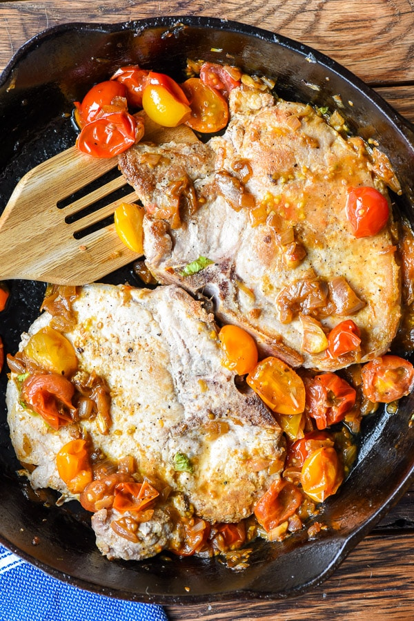 Skillet Pork Chops with Tomato Shallot Sauce | Wednesday