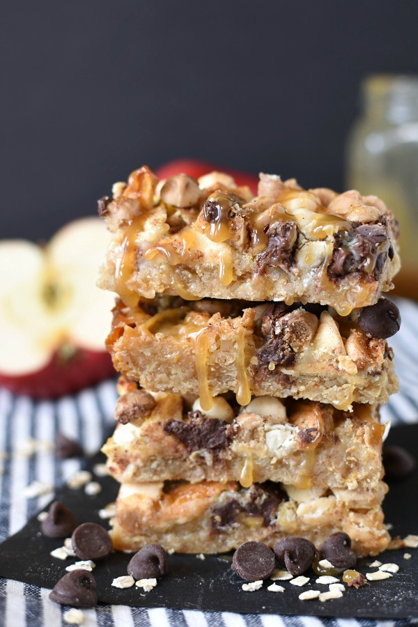 DESSERT | Caramel Apple Crisp Magic Cookie Bars