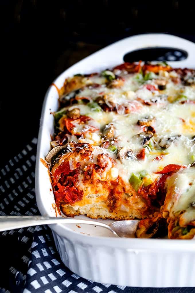 FRIDAY | Deep Dish Bubble Pizza - Melanie Makes